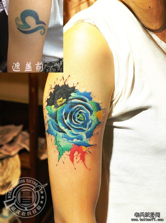 水彩泼墨玫瑰花纹身遮盖旧纹身
