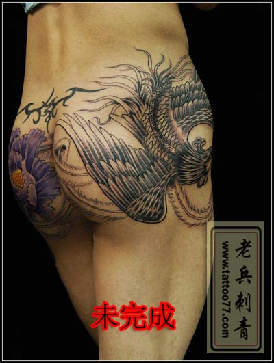 满背凤凰牡丹纹身分享展示