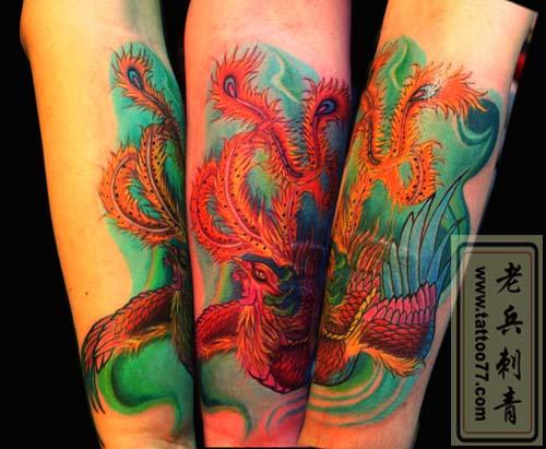 武汉专业纹身店为你提供十字架纹身寓意(图文)图片