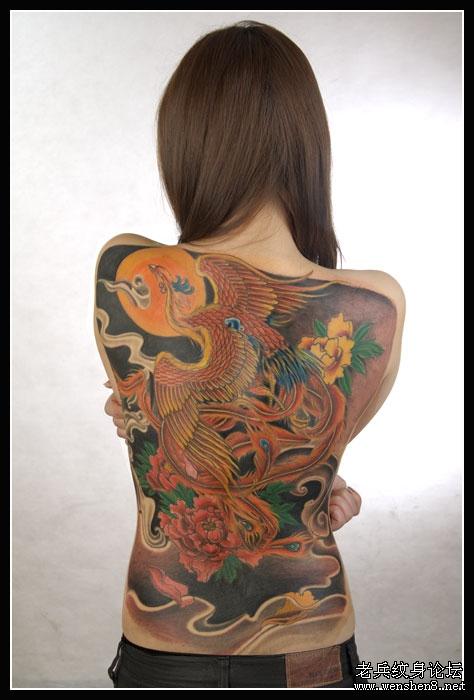 2010年第一个mn美女纹身满背凤凰终于收工图