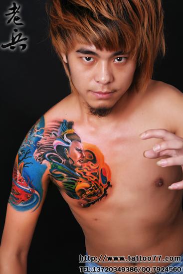 纹身 武汉/还是这个帅哥,poss很酷啊,老兵半胛纹身写真