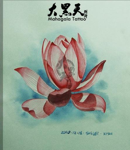 胳膊红莲花纹身图案