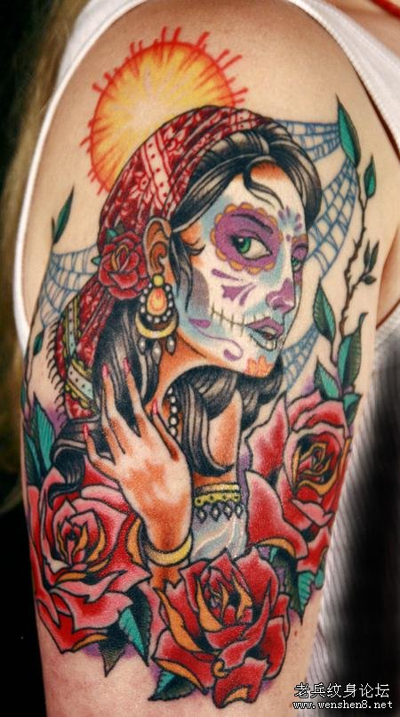 大臂美女玫瑰纹身图案图片