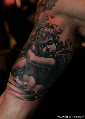 超赞的手臂内侧小天使丘比特纹身图案图片图片