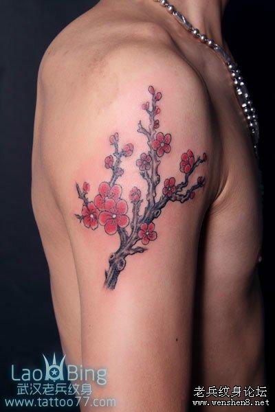 武汉最专业纹身店为你讲解梅花纹身图案的讲究