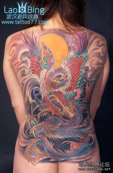 武汉专业纹身店为你讲解凤凰纹身图案图片的讲究