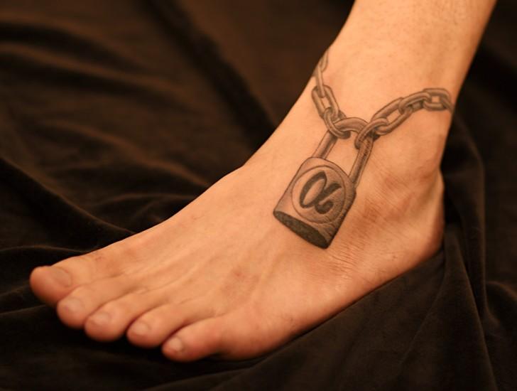 脚踝锁纹身图案大全