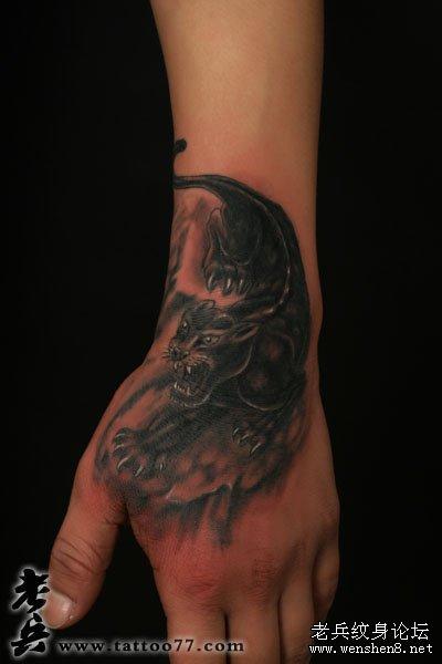 武汉最专业纹身店为你讲解豹子纹身图案图片的讲究