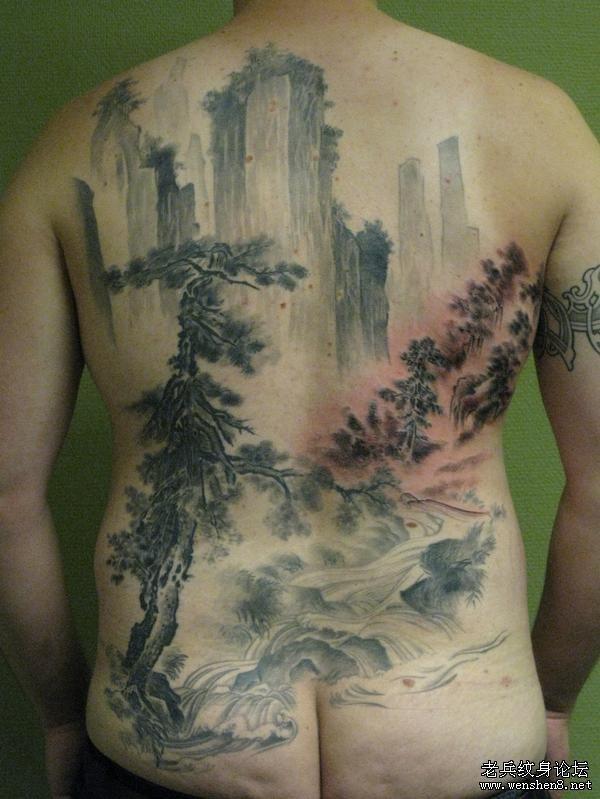 满背山水松树纹身图案纹身图片