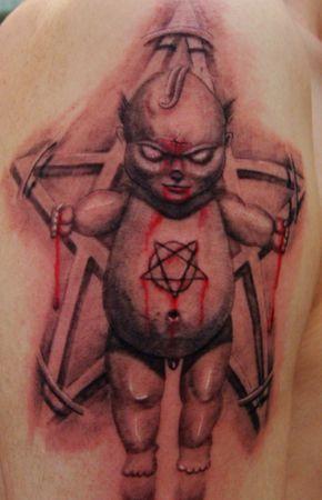 手臂欧美小恶魔五芒星纹身图案纹身图片