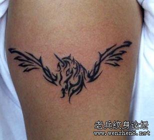 手臂图腾独角兽翅膀纹身图案纹身图片