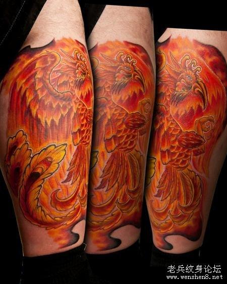 一款腿部彩色<font color=red>火凤凰纹身图案</font>纹身图片_老兵武