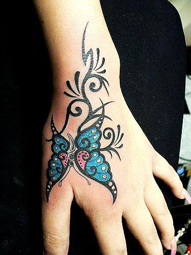 的虎口蝴蝶纹身图案图片