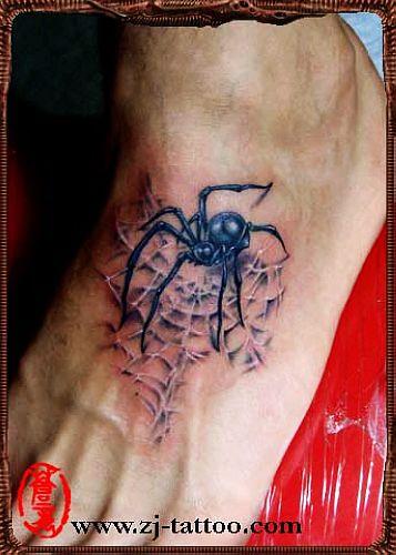 专业纹身店:脚部蜘蛛纹身图案图片大全