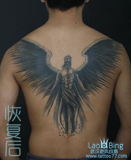 武汉最好纹身店:满背天使纹身图案作品恢复效果图片