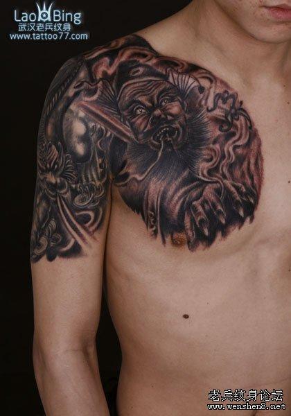 纹身中打雾上色彩效果快最好的办法