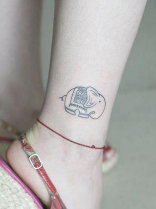 女孩子腿部可爱小象纹身图案