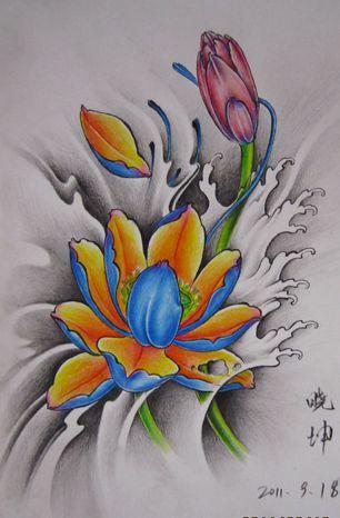 一款漂亮的彩色莲花纹身手稿