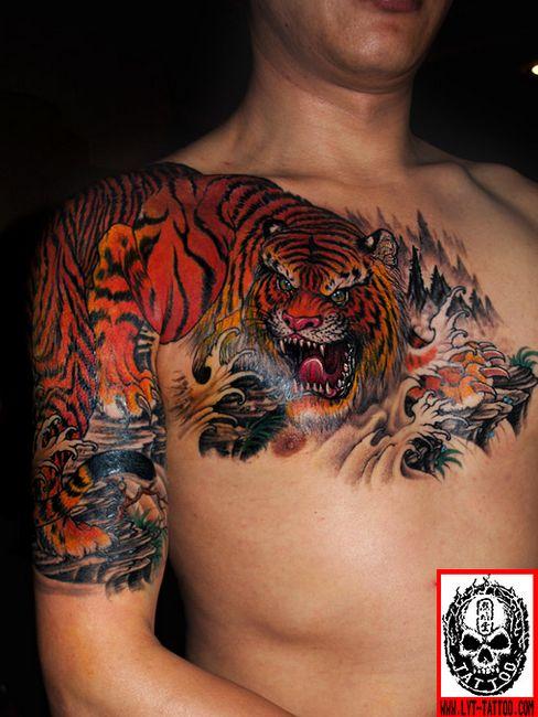 狼纹身图案大全_帅气的过肩老虎纹身图案