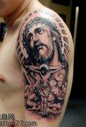 一款手臂十字架耶稣纹身图案 (122x180)