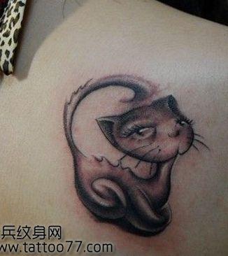 美女肩背一款可爱猫咪纹身图案