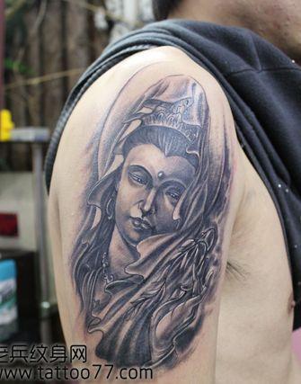 手臂一款黑白观音菩萨纹身图案