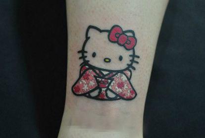 女孩子手臂超可爱的卡通猫咪纹身图案