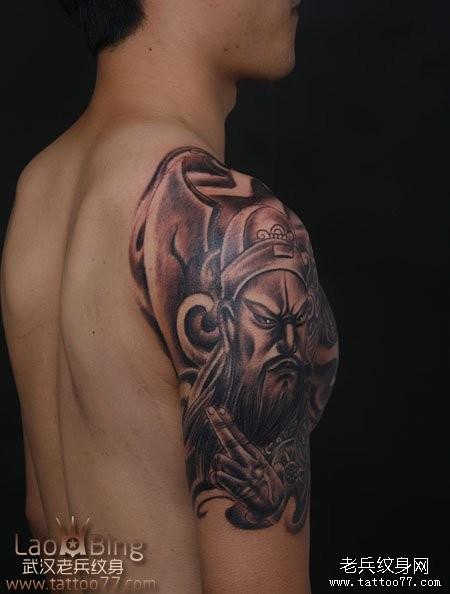 武汉专业纹身店:霸气的半胛貔貅关公纹身图案作品