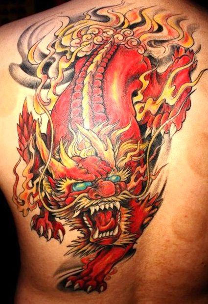 背部超帅的彩色火麒麟纹身图案图片