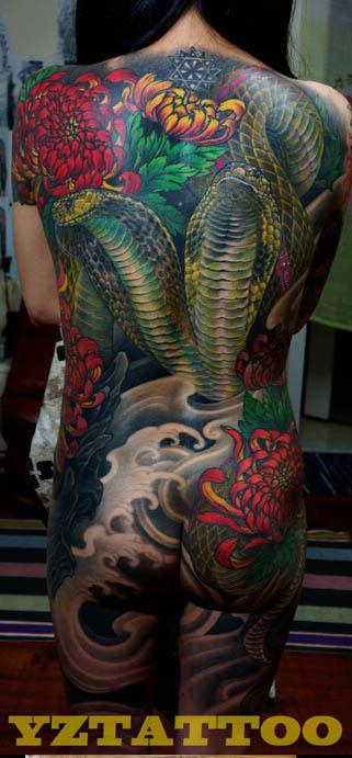 cn/          一款美女满背山水画纹身图案          美女满背超酷的