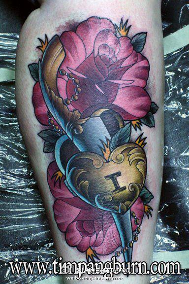 彩色灯塔玫瑰花纹身手稿图片图片
