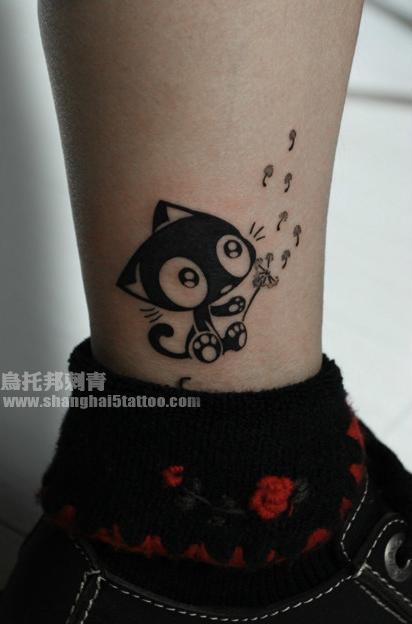 女生腿部时尚流行超可爱的猫咪纹身图案图片