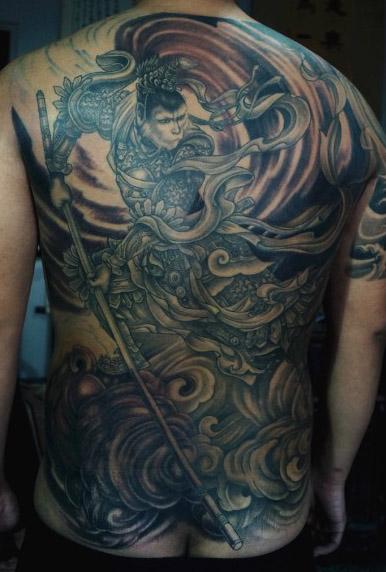 霸气超酷的满背齐天大圣孙悟空纹身图案图片