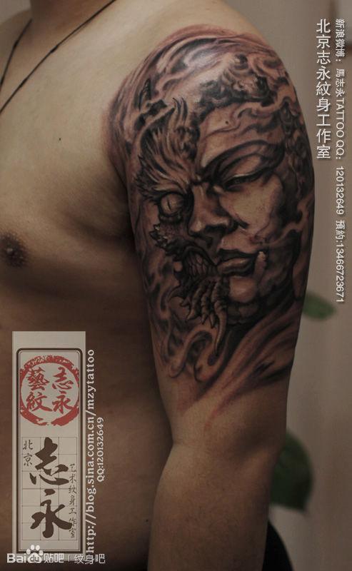 男人手臂超帅的恶魔与佛头纹身图案
