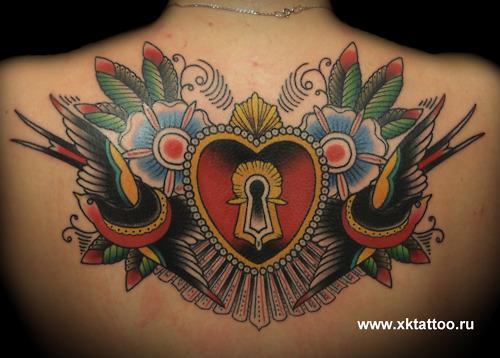 最好看的解锁图案_女生后背经典好看的彩色爱心锁纹身图案