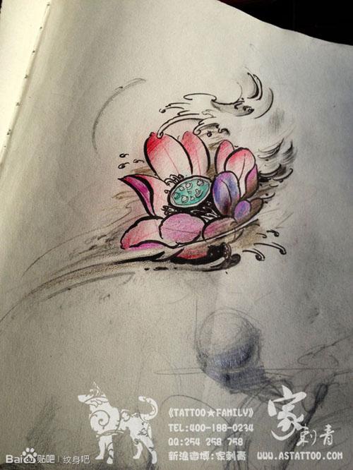 一款时尚精美莲花纹身手稿