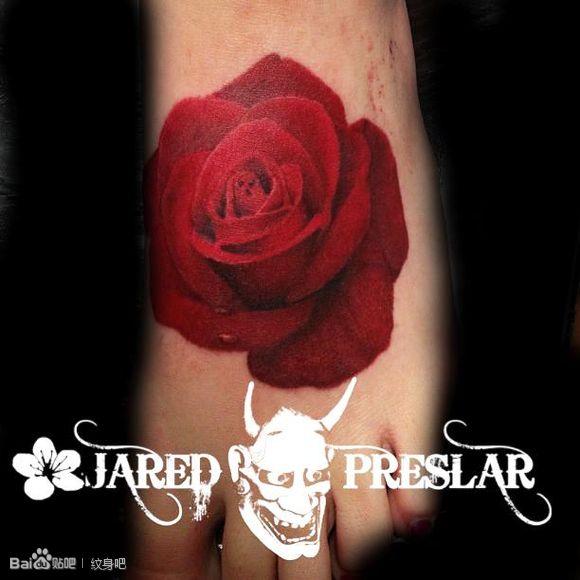 白嫩手背玫瑰纹身_纹身图案