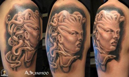 手臂时尚经典的美杜莎纹身图案图片
