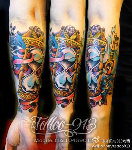 school沙漏纹身图案; 冬贝与9-13刺青; 欧美school小臂纹身图片下载分