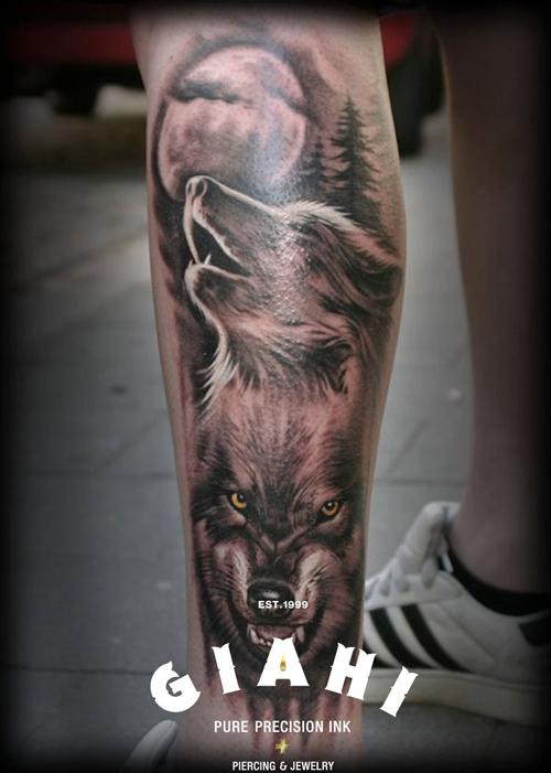 腿部凶悍超酷的狼头纹身图案
