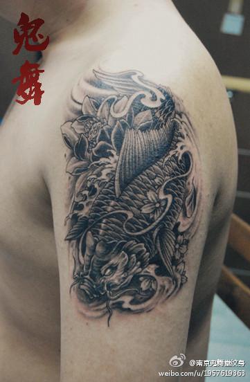 男士纹身手机壁纸