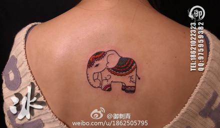 小象纹身女图案分享展示