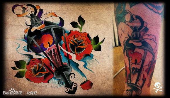 潮流经典的蜡烛与玫瑰花纹身图案