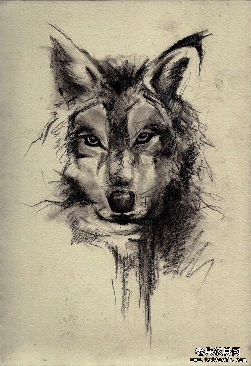 一款水墨狼头纹身图案