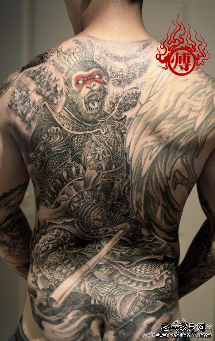 满人后背超酷的满背孙悟空纹身图案