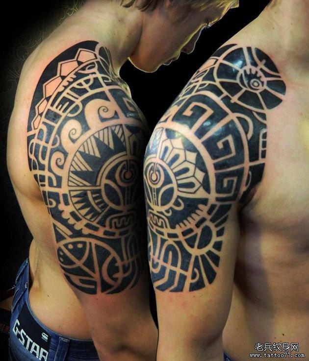 推荐一款大臂图腾纹身图案