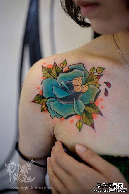 漂亮精美的彩色玫瑰花纹身图案图片