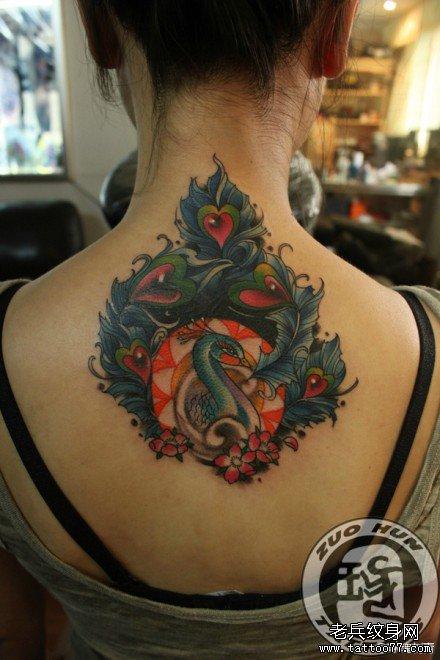 的孔雀纹身图案