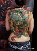 女生后背经典帅气的传统满背凤凰纹身图案图片