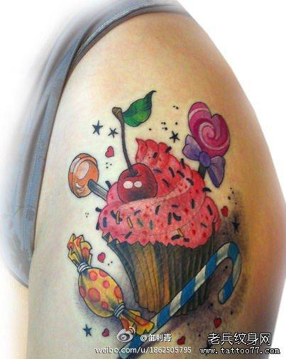 美女胯部糖果冰激凌纹身图案
